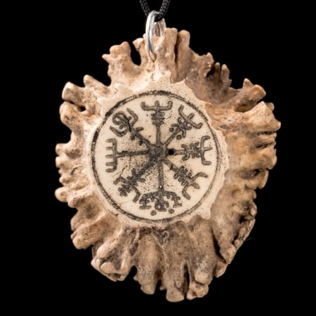 VEGVISIR, rune, pendant for protection, antler