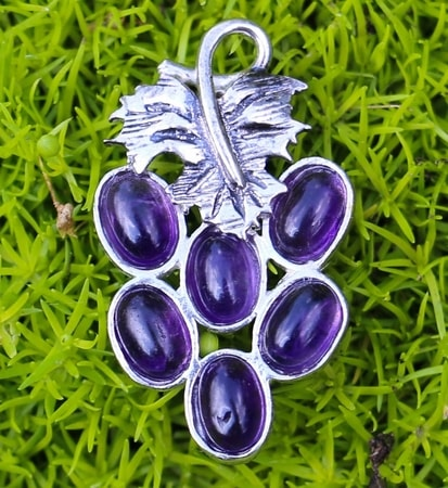 Bunch of Grapes, sterling silver pendant