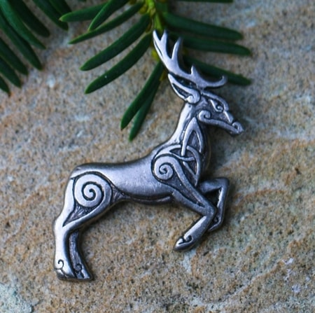 CELTIC DEER - Herne, tin, pendant