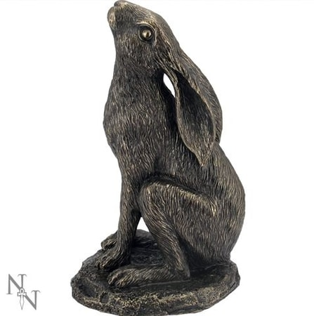 Moon Gazing Hare, figure