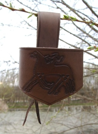 LEATHER HORN HOLDER, Odin and Sleipnir