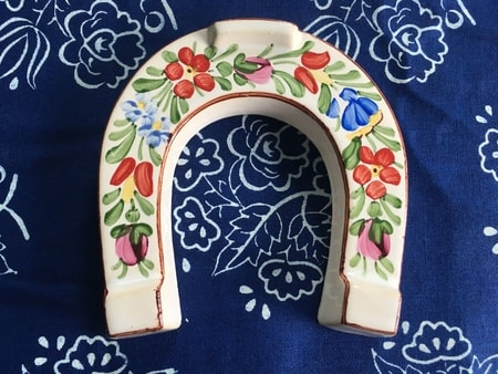 LUCKY HORSESHOE, handpainted ceramics