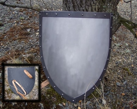 IRON GOTIC SHIELD