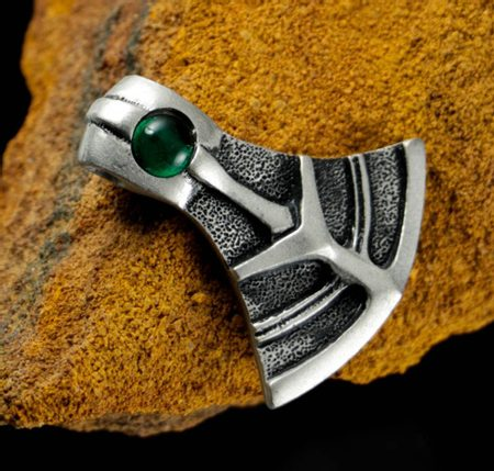 WARRIOR's AXE PENDANT