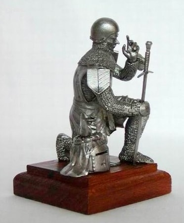KNIGHT's PRAY, historical tin statue