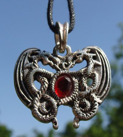 KING ARTHUR VISION, red dragon, pendant, silveredq