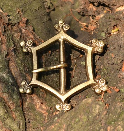 HEXAGONAL HISTORICAL BUCKLE
