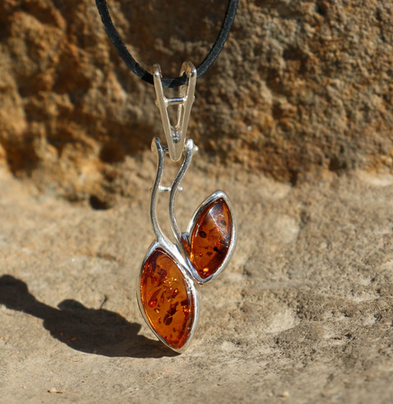 ARINA, AMBER PENDANT, STERLING SILVER