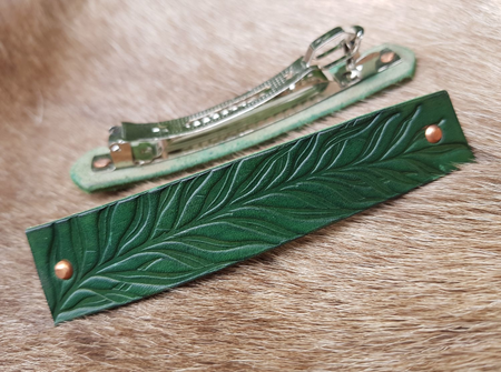 CAMBRIA, LEATHER HAIR CLIP, GREEN