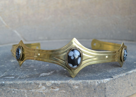 MEDIEVAL GOTHIC CROWN WITH OBSIDIAN, 3 STONES