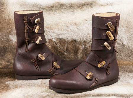 RASMUS, chaussures en cuir début moyen âge Chaussures viking