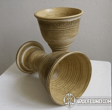 MEDIEVAL CERAMIC GOBLET FOR WINE