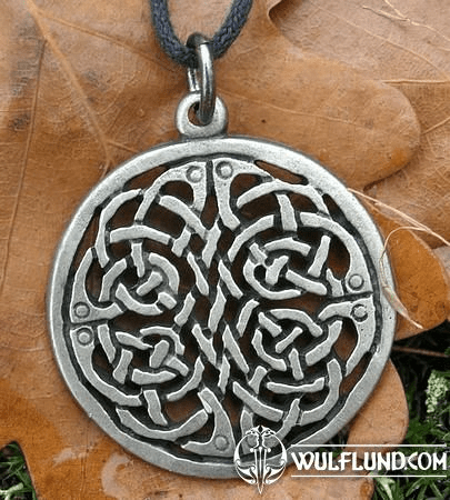 CELTIC SHIELD KNOT AMULET