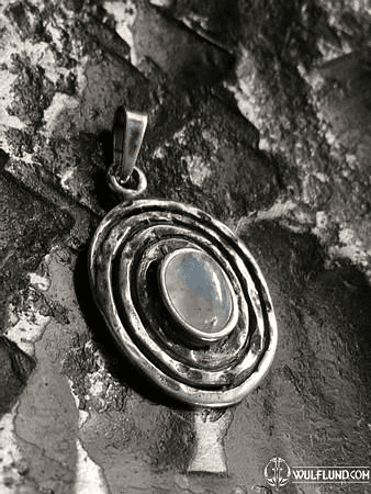 MOONSHINE, STERLING SILVER PENDANT, MOONSTONE