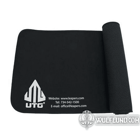 UNIVERSAL FIREARM CLEANING MAT