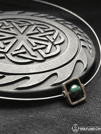 PLUTO, MODERN SILVER PENDANT WITH MALACHITE