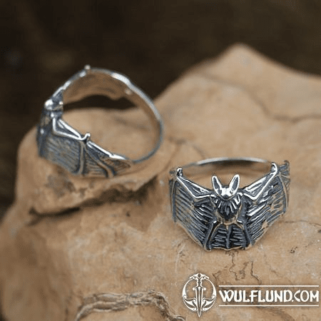 NOSFERATU STERLING SILVER RING
