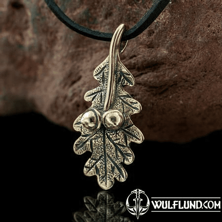 OAK LEAF, BRONZE CHARM