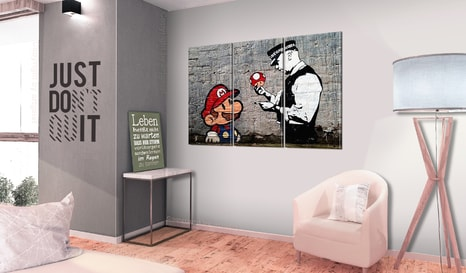 TABLOU - SUPER MARIO MUSHROOM COP BY BANKSY