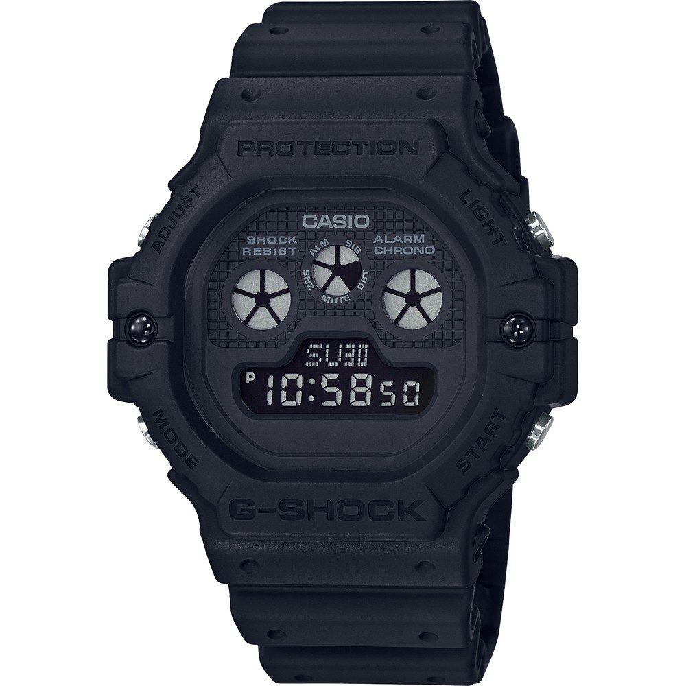 Casio DW-5900BB-1ER + 5 let záruka, pojištění hodinek ZDARMA