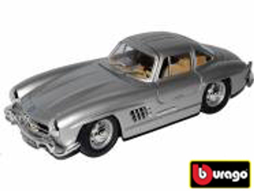 Bburago 1:24 Porsche Macan Metallic Blue, Bburago, W007348