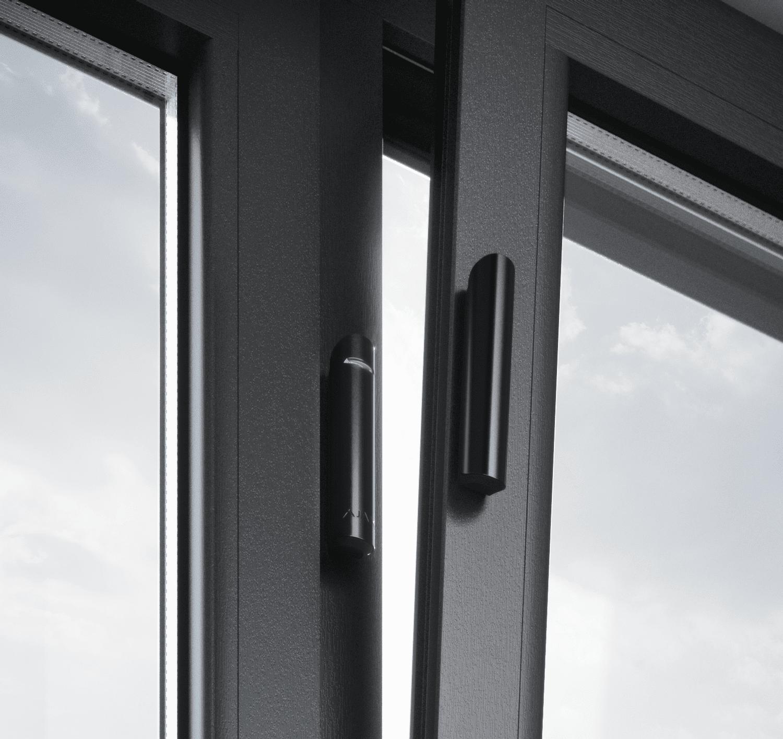 Bezpečnostní systém - detektor dveří a oken