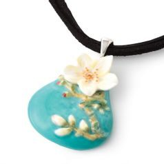 Van Gogh Almond flower design sculptured porcelain necklace 5 cm, FRANZ Porcelain