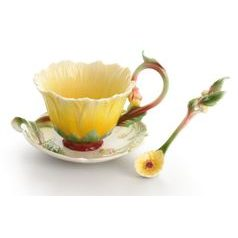 Fantasy Dahlia design sculptured porcelain cup and saucer 13 x 10 cm, FRANZ Porcelain