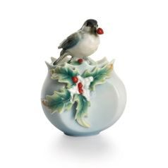 Winter wonderland chickadee design sculptured porcelain sugar jar 10 cm, FRANZ Porcelain