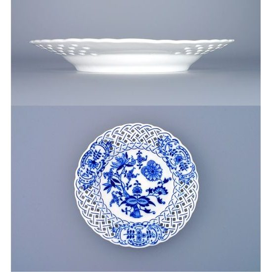 Plate perforated 18 cm, Original Blue Onion Pattern