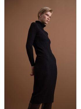 Pleteninové šaty s rolákem, černá