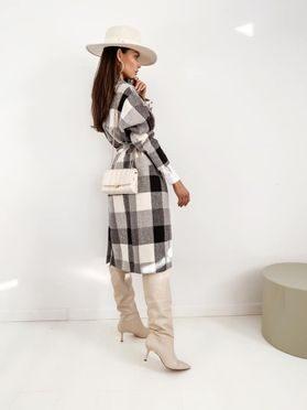 Kostkovaný kabát