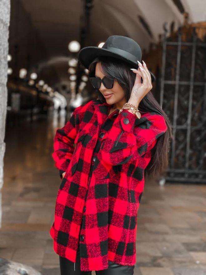 Košilový kabátek, červená kostka